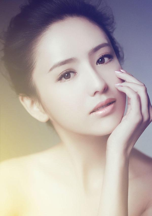 Nữ diễn viên Đồng Lệ Á.