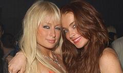 Paris Hilton khó chịu khi nhắc đến tên cô bạn cũ Lindsay Lohan