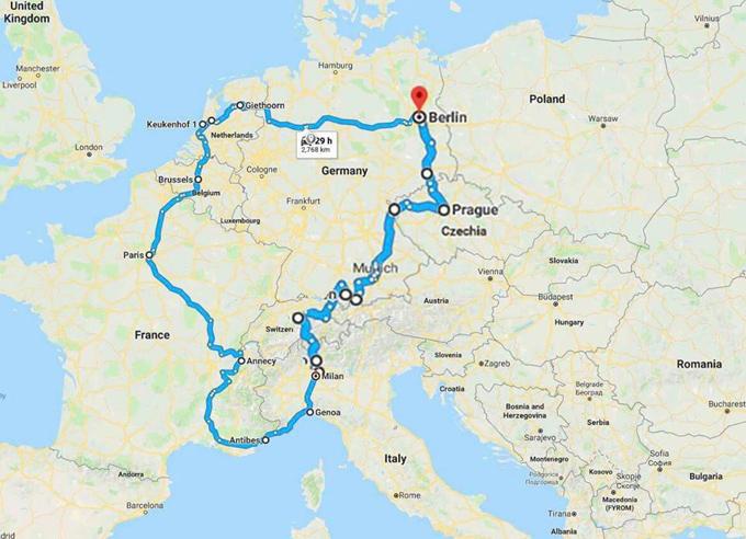 Hành trình tự lái xe đưa hai con đi khắp châu Âu của đôi vợ chồng Việt - 1