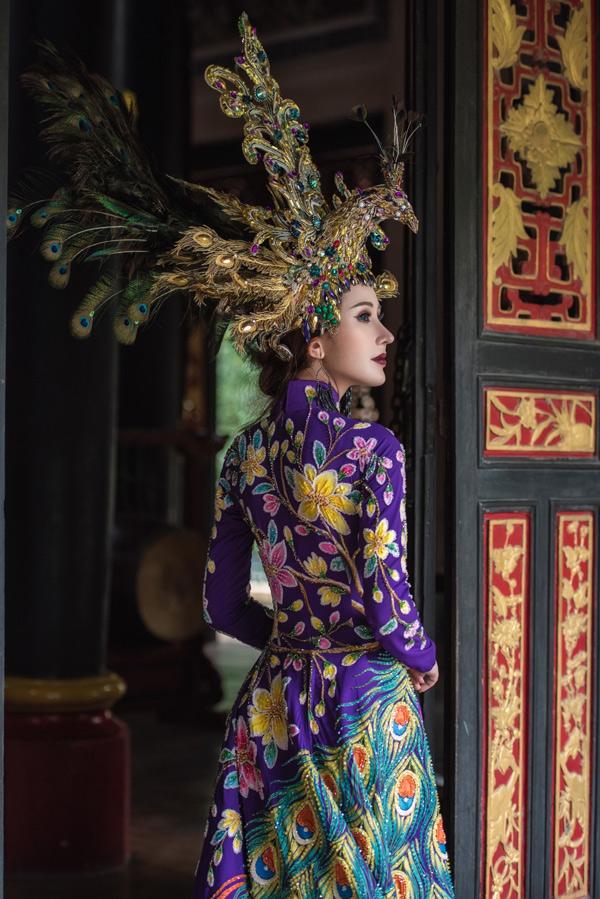 Miss Asia World được tổ chức từ năm 2016, với sự tham gia của thí sinh các quốc gia châu Á và các khu vực lân cận (Trung Đông, châu Âu...). Trong hai lần tổ chức trước, đại diện Thái Lan và Nepal lần lượt đăng quang.