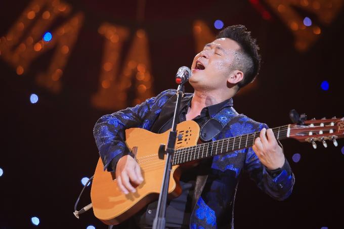 Đinh Hiền Anh đẹp nền nã trong đêm nhạc của Bằng Kiều (Em xin edit) - page 2 - 2