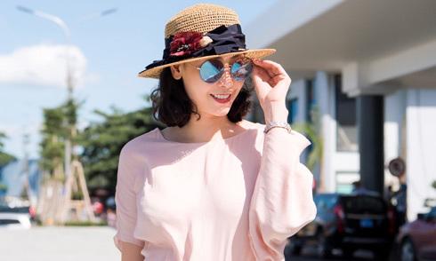Hà Kiều Anh ra Quy Nhơn chấm thi Hoa hậu