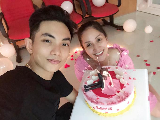 Khánh Thi trốn viện về nhà để tổ chức sinh nhật bất ngờ cho chồng - 3