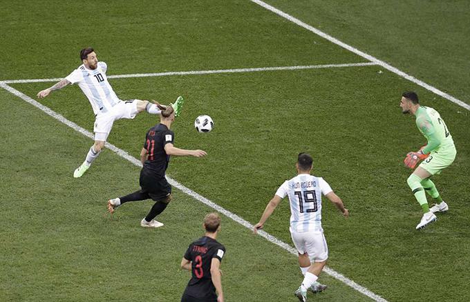 Trong suốt 90 phút của trận đấu, Messi chỉ có được một cú sút về phía khung thành của Croatia nhưng không trúng đích.