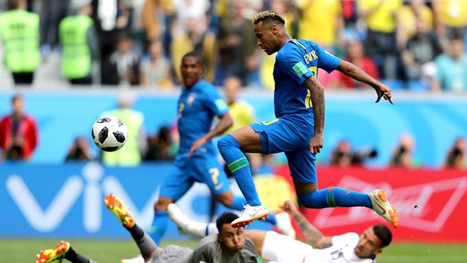 Ở những giây bù giờ cuối cùng trong trận đấuCosta Rica tối 22/6, Neymar ghi bàn thắng ấn định tỷ số 2-0 cho tuyển Brazil. Bàn thắng này tuy không quá quan trọng với tuyển Brazil nhưng lại có ý nghĩa rất lớn đối với cá nhân Neymar.