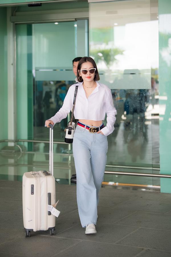 Chi Pu đọ vẻ sành điệu với Đỗ Mỹ Linh ở sân bay - 5