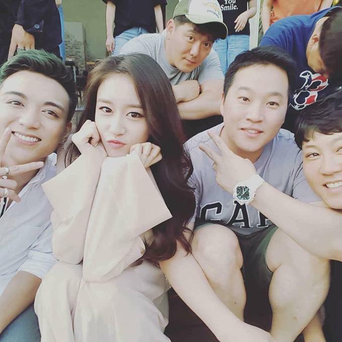 Soobin Hoàng Sơn đang hợp tác quay MV tại Hàn Quốc với nữ ca sĩ Jiyeon nổi tiếng thuộc nhóm T-ara.