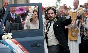 Cặp đôi phim giả tình thật của 'Trò chơi vương quyền' tổ chức đám cưới