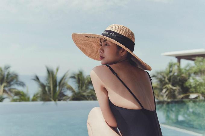 Tăng Thanh Hà bắt đầu kỳ nghỉ hè bên hai con. Cô và gia đình check in tại Mia resort ở Nha Trang - một trong những địa chỉ nghỉ dưỡng quen thuộc của giới sao Việt.
