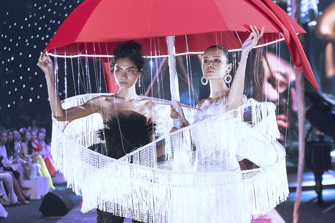 Váy dạ hội đính kết cầu kỳ trong show Đỗ Long - 1