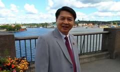 Cựu thị trưởng đi tù vì nhốt phóng viên trong phòng, ép cởi quần lót