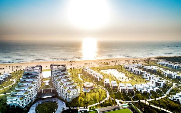 Vinpearl Phú Quốc, Nha Trang, Hội An là chuỗi nghỉ dưỡng sang trọng với hệ thống các phòng và villas tiện nghi cùng nhiều dịch vụ chuẩn 5 sao.