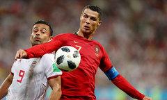 C. Ronaldo đá hỏng 11m, Bồ Đào Nha vẫn đi tiếp