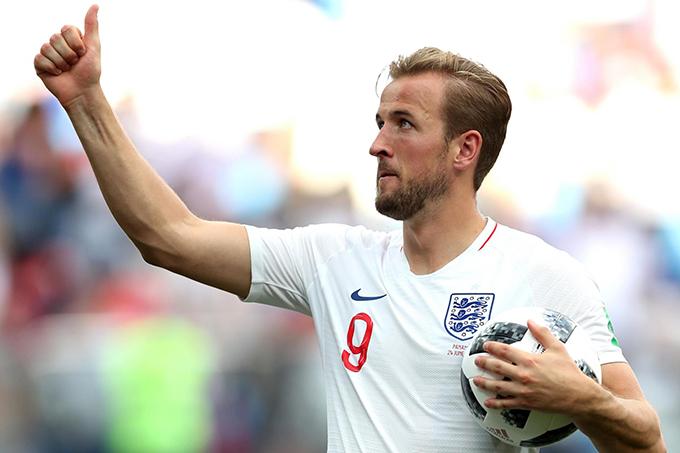 Harry Kane thực hiện thành công hai quả penalty trong trận gặp Panama. Ảnh: Independent.