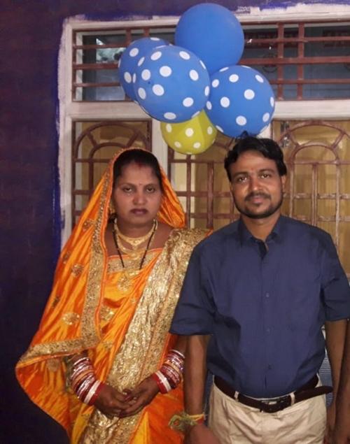 Biswal và vị hôn thê.