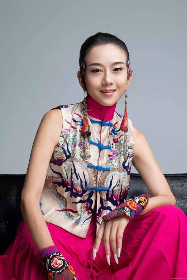 Mai Siêu Phong không ăn cơm trong nhiều năm để giữ gìn nhan sắc - 1