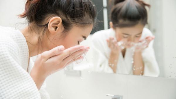 Bí quyết giữ da sạch, khỏe, tránh mụn