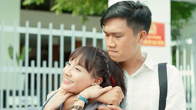 Xuân Nghị đóng cặp với Bảo Thanh trong phim.