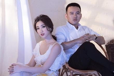 Đỗ Mỹ Linh khoe vóc dáng bên nhà thiết kế Lê Thanh Hòa