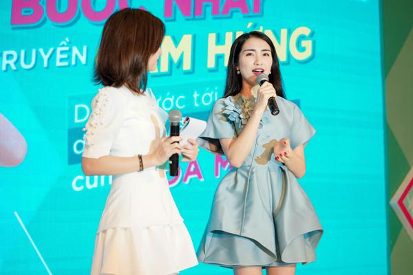 Chia sẻ của Hòa Minzy tại sự kiện.