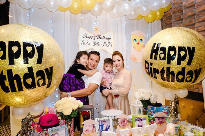 Trước chuyến nghỉ dưỡng ở Nha Trang, vợ chồng Jennifer Phạm từng tổ chức sinh nhật chungcho bé Na cùng một vài người bạn.