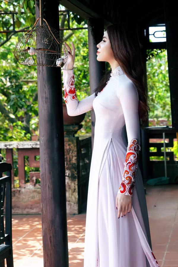 Hoa hậu, Á hậu biển Việt Nam toàn cầu đọ dáng với áo dài - 5