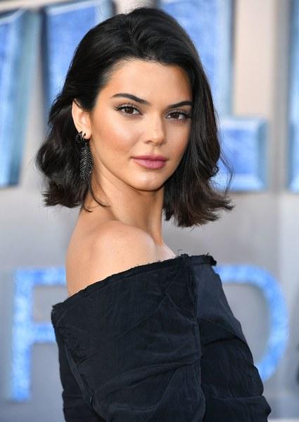 Kendall Jenner là người mẫu được trả lương cao thứ ba thế giới. Ảnh:W Magazine.