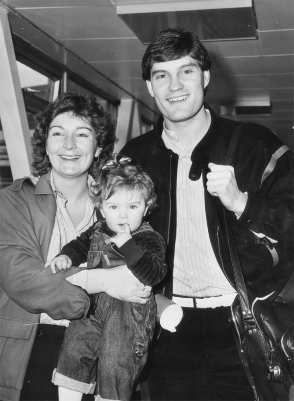 Glenn Hoddle with his first wife Anne and young daughter Zoe in 1984