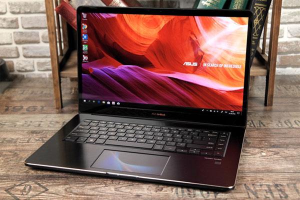 Laptop ZenBook Pro UX580 giá 80 triệu đồng ở Việt Nam