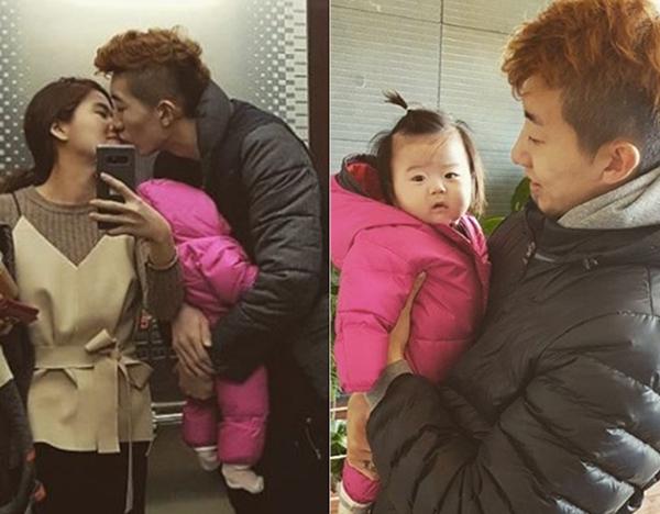 Thủ môn hot boy của tuyển Hàn Quốc là soái ca nổi tiếng yêu vợ, thương con - 7