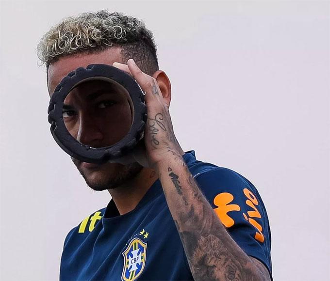 Neymar và đồng đội thi đấu thăng hoahơn khi tự tin.