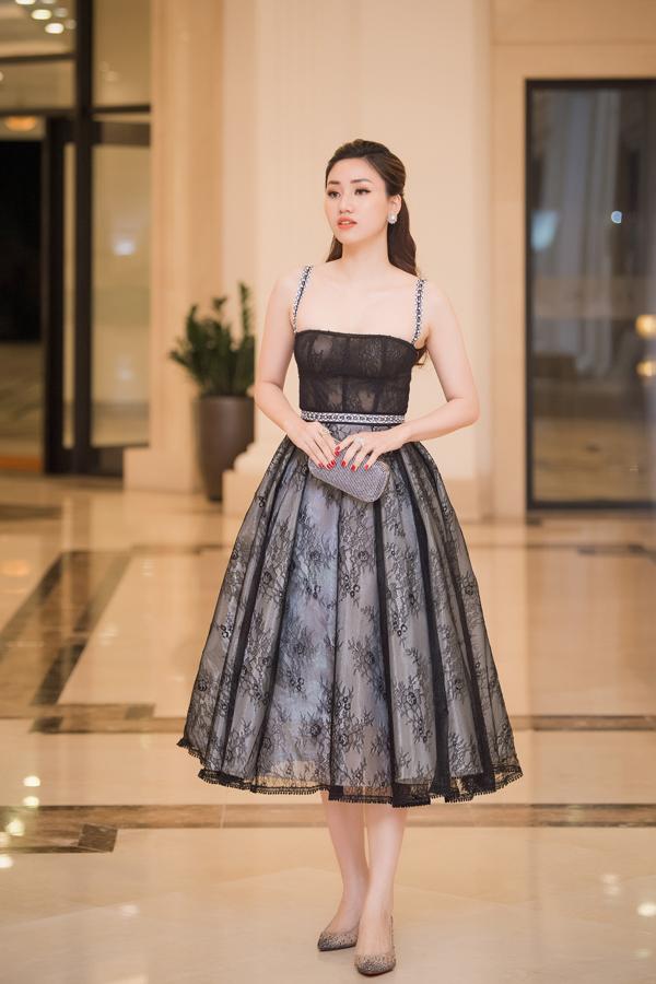 Dàn Hoa hậu, Á hậu lộng lẫy xem show thời trang của NTK Hà Duy - 2