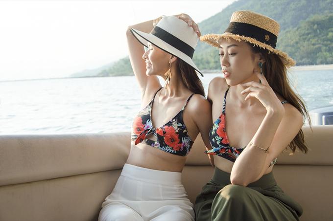 Đối với nhiều bạn gái, bikini là món đồ không thể thiếu khi đi biển. Nó giúp họ gợi cảm hơn khi hoà mình vào không gian thoáng đãng và lưu giữ khoảnh khắc nóng bỏng trong kỳ nghỉ.