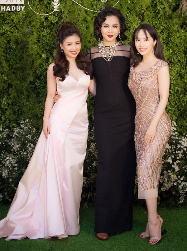 Ca sĩ Dương Hoàng Yến, Vũ Hạnh Nguyên và Quỳnh Nga.
