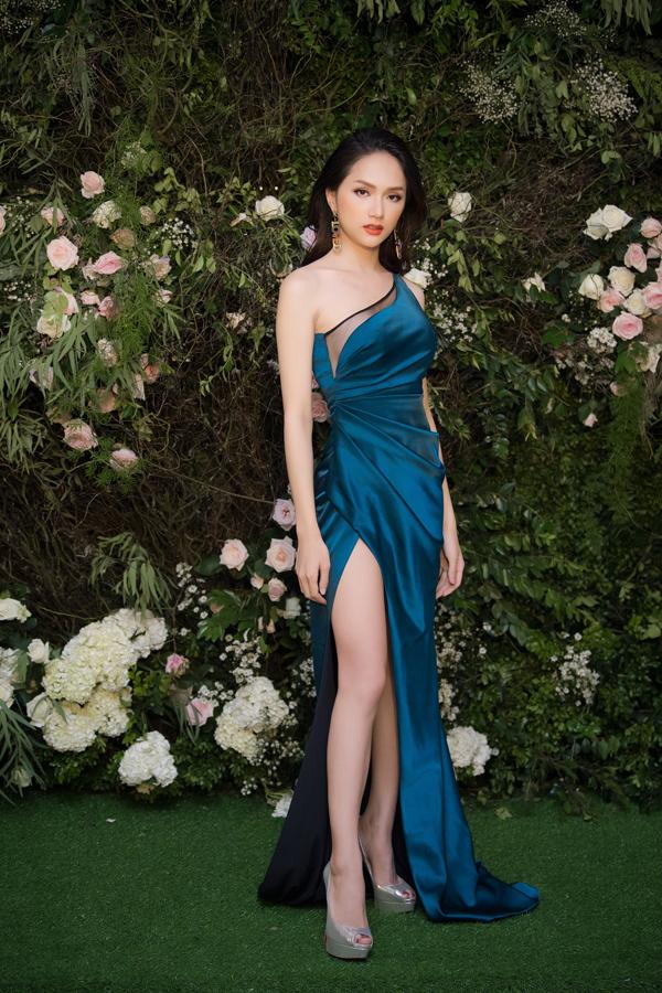 Dàn Hoa hậu, Á hậu lộng lẫy xem show thời trang của NTK Hà Duy - 6