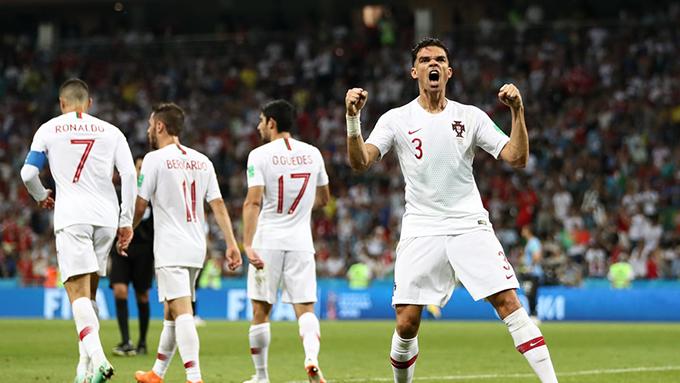 Pepe giúp Bồ Đào Nha có bàn gỡ hoà 1-1 ở đầu hiệp hai. Ảnh: FIFA.