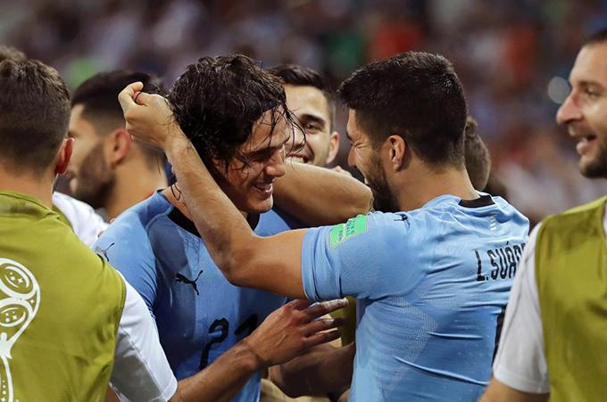 Cavani chính là cầu thủ chơi hay nhất trận khi ghi cả hai bàn giúp Uruguay giành chiến thắng, đều từ những cú dứt điểm đẳng cấp. Với chiến thắng này, Uruguay vào chơi vòng tứ kết gặp Pháp - đội đánh bại Argentina với tỷ số 4-3 ở trận đấu trước đó.