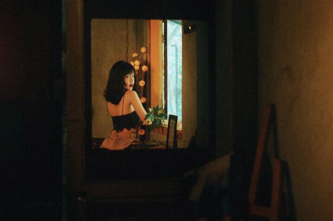 Nhiếp ảnh: Kyanh Tran, Trang điểm: Hiwon