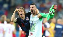 Đánh bại Đan Mạch trên chấm luân lưu, Croatia đi tiếp