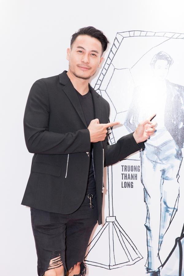 Nhà thiết kế Trương Thanh Long đảm nhận một vai diễn trong phim.
