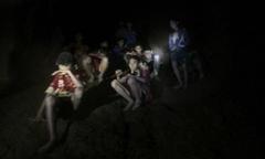 Khoảnh khắc tìm thấy đội bóng thiếu niên Thái Lan trong hang