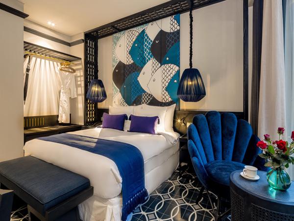 Một trong những nơi nghỉ dưỡng được nhiều nhóm bạn ưa chuộng tiếp theo là Sol An Bang Homestay Beach Resort, với tầm nhìn ra bãi biển đẹp nhất Việt Nam. Giá từ 1,45 triệu đồng đến 2,49 triệu đồng.