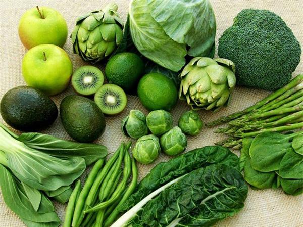 Nhóm máu AB không dễ lên cân nhưng cũng cần tích cực ăn rau xanh để giữ dáng.