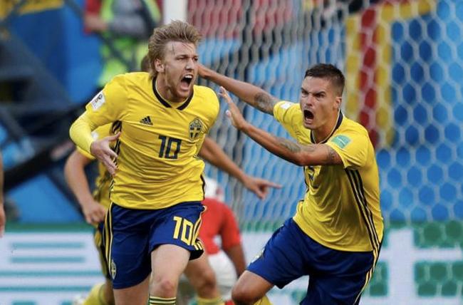 Thuỵ Điển vào tứ kết World Cup lần đầu kể từ năm 1994