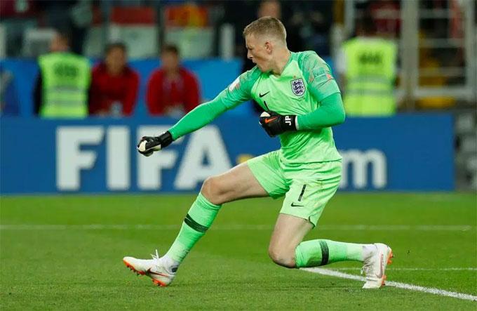 Anh và Colombia hòa nhau 1-1 sau 120 phút ở trận đấu cuối cùng vòng 16 đội. Thủ môn Everton Jordan Pickford sắm vai người hùng khi cản phá cú đá penalty củaCarlos Bacca.