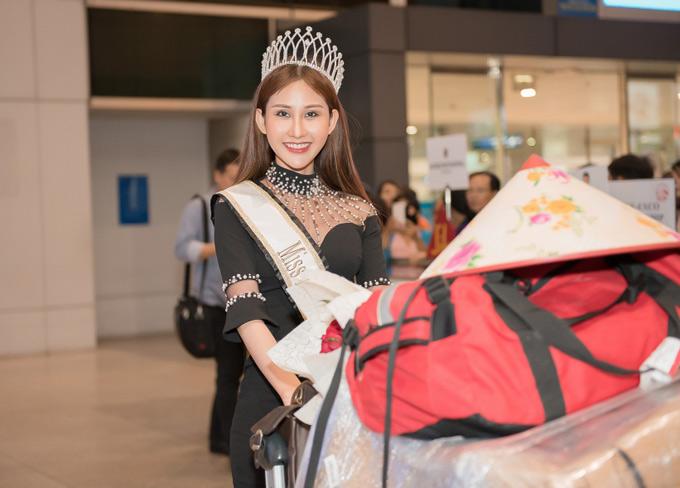 Tối 4/7, Chi Nguyễn về nước sau gần một tháng dự thi Miss Asia World 2018 tại Libăng.