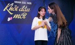 Hương Giang đồng hành cùng các thí sinh phẫu thuật thẩm mỹ