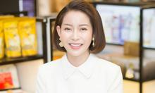 Hoa hậu Hải Dương đeo trang sức tiền tỷ đi sự kiện