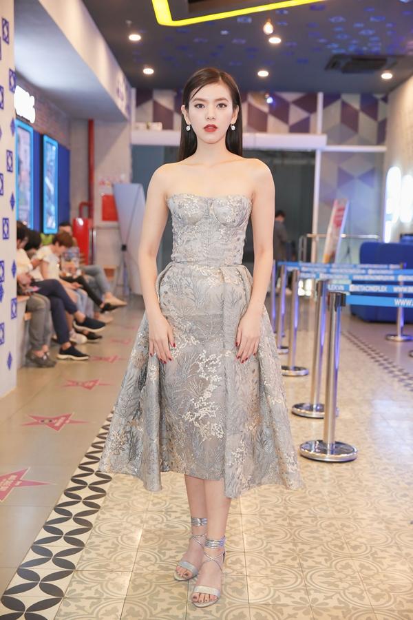 Hà Hương hào hứng lần đầu đóng phim điện ảnh dù là vai nhỏ - 2