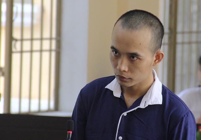 Bị cáo Nguyễn Văn Tín. Ảnh: Sơn Thủy.
